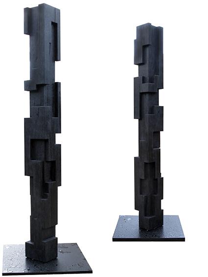 GRANDE COLONNE III 2015 / DOUKA CALCINÉ / 240x24.5x24.5 CM (bois Traité  Pour Lu0027extérieur)